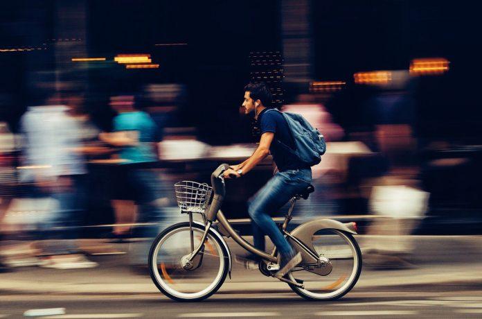 fiets naar het werk