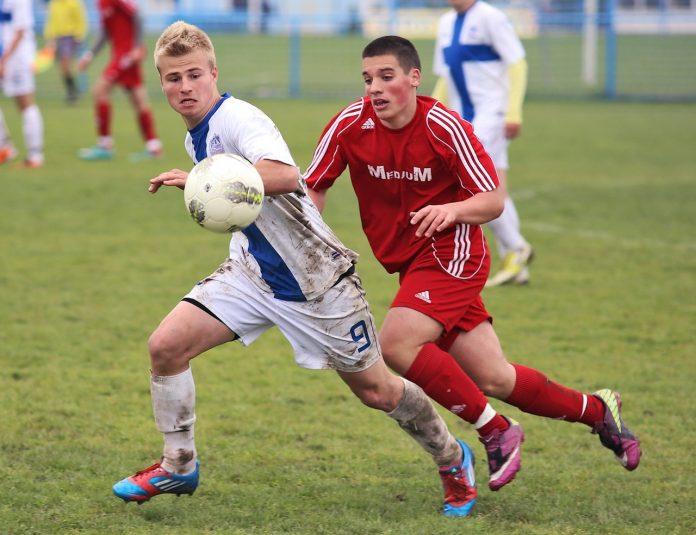 smerige voetbalkleding